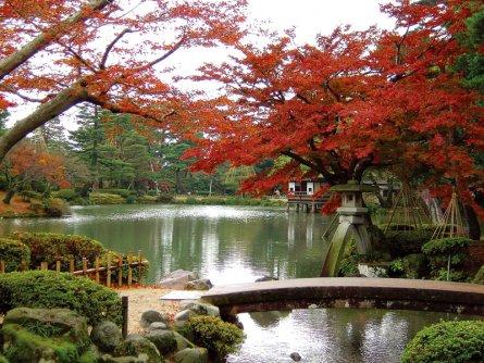 Kenrokuen park ishikawa kanazawa area ten scenic views for Jardin kenrokuen